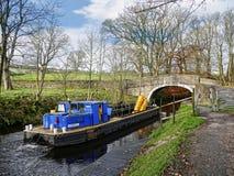 Canal de Leeds Liverpool en Salterforth en el campo hermoso en la frontera de Lancashire Yorkshire en Inglaterra septentrional Fotos de archivo libres de regalías