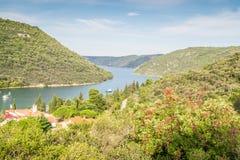 Canal de Limski - point de repère de péninsule d'Istrian photo stock