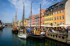 Canal de Nyhavn, Copenhaga, Dinamarca fotos de stock royalty free