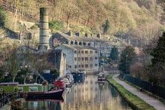 Canal de Rochdale à la passerelle de Hebden Photos stock
