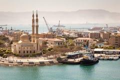 Canal de Suez de la mezquita de Tawfiq del puerto, Egipto Fotos de archivo libres de regalías