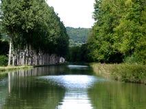 Canal du Bourgogne em France Imagens de Stock Royalty Free