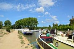 Canal du Midi i Capestang, Languedoc, Frankrike Arkivfoton