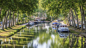 Canal du Midi vattenväg Frankrike. arkivbilder