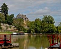 On the canal du Nivernais, velo, Chatillon en Bazois. Lock and Chateaux Stock Photo