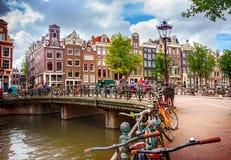 Canal em Amsterdão Imagem de Stock