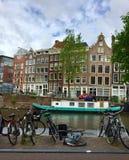 Canal en Amsterdam Imagen de archivo libre de regalías