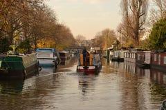 Canal estrecho Londres de los regentes de los barcos Imagenes de archivo