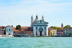 Canal grand avec l'église de Santa Maria della Visitazione et l'église du dei Gesuati, Venise, Italie, résumé de Santa Maria del  Photos libres de droits