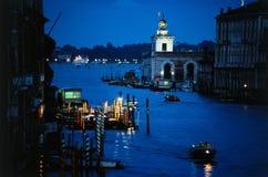 Canal grande en la oscuridad, Venecia Imagen de archivo