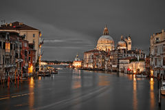Canal Grande-und Basilika-Santa Maria della begrüßen, Venedig Lizenzfreie Stockbilder
