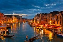 Canal magnífico en la noche, Venecia Fotos de archivo libres de regalías