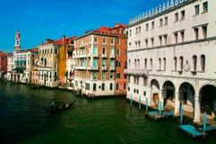 Canal magnífico en Venecia, Italia Foto de archivo