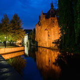Canal and Old Houses at Night in Brugge Royalty Free Stock Photos