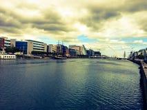 Canal par Dublin, Irlande Photographie stock