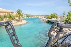 Canal près de l'académie d'entrée et de dauphin d'aquarium de mer du Curaçao Photos stock