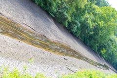 Canal seco devido ao árido imagens de stock royalty free