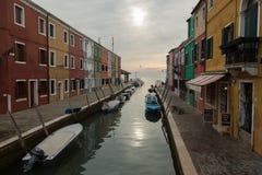 Canal sur Burano photo libre de droits