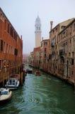 Canal veneciano pintoresco fotos de archivo libres de regalías