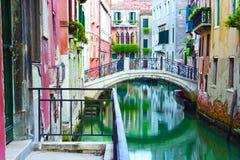 canal Venise de passerelle Photographie stock