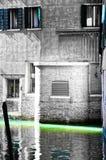 Canal vide de Venise un ruban de couleur légère et sélective images libres de droits