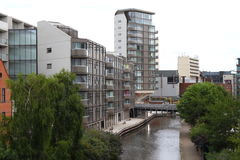 Canal y edificios, Nottingham Inglaterra Reino Unido de Nottingham Imagenes de archivo