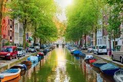 Canale a Amsterdam immagini stock libere da diritti