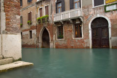 Canale di inondazione fotografia stock