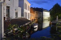 Canale di notte a Bruges Fotografie Stock Libere da Diritti