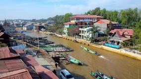 Canale di Nyaungshwe, lago Inle, Myanmar video d archivio