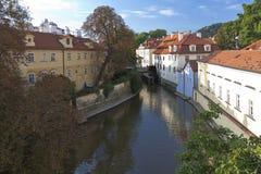 Canale di Praga Immagini Stock