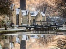 Canale di Rochdale al ponticello di Hebden Fotografie Stock