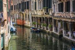 Canale e monumenti storici di Venezia fotografie stock libere da diritti