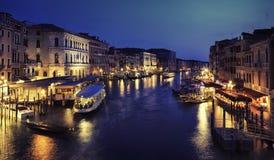 Canale grandioso na noite, Veneza Fotos de Stock
