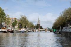 Canale nella città di Amsterdam Fotografia Stock Libera da Diritti