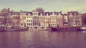 Canale nella città di Amsterdam Fotografia Stock