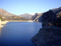 Canales behållare, ejar toppig bergskedja för GÃ-¼, Sierra Nevada, Spanien Arkivbilder