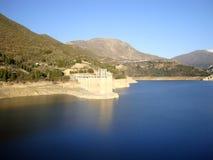 Canales behållare, ejar toppig bergskedja för GÃ-¼, Sierra Nevada, Spanien Fotografering för Bildbyråer