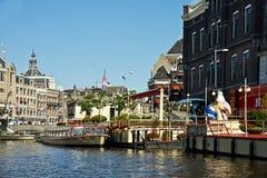Canales de Amsterdam, Países Bajos Foto de archivo libre de regalías