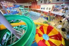 Canales inclinados grandes como espiral y piscina Fotografía de archivo
