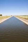 Canaleta de irrigação Fotografia de Stock Royalty Free
