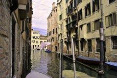 Canaletas de Veneza fotografia de stock