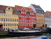 Canali di Copenhaghen - lungomare immagini stock