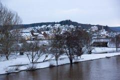 Canalisation de Lohr AM, Allemagne - belle ville dans le Spessart Photo stock