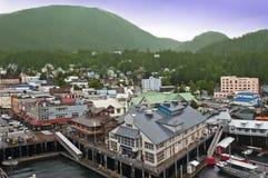 Canalisation intérieure d'arrêt de bateau de croisière de Ketchikan Alaska Image libre de droits