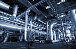 Canalisations en acier d'industrie à l'usine Images libres de droits