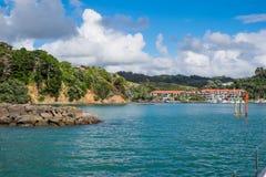 Canalize o marcador na entrada ao porto para barcos, Northla de Tutukaka Fotos de Stock Royalty Free