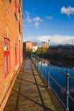Canalside altes Haus in Leeds, Großbritannien Stockfotos