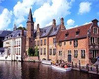 Canalside budynki, Bruges Zdjęcia Royalty Free