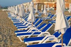 Canapés vides du soleil Photos libres de droits